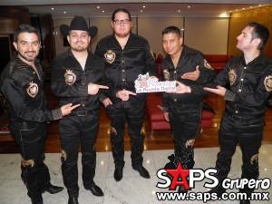 """Voz de Mando, el grupo afortunado de la música norteña presenta """"Y AHORA RESULTA"""""""