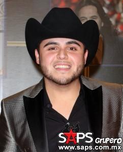 Gana Gerardo Ortiz como Mejor Artista Norteño en Premios Tu Mundo 2014