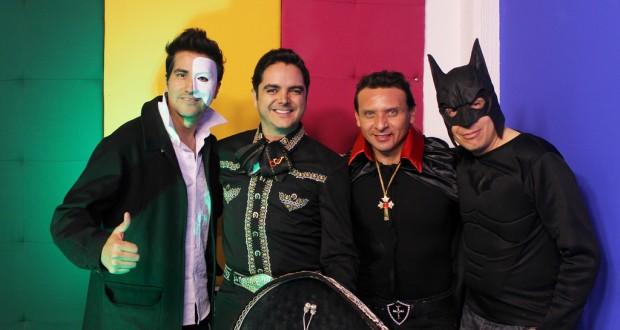 Vampiros, fantasmas, murciélagos y un exitoso cantante en El Compa y Sus Camaradas