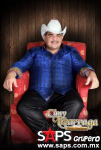 Chuy Lizárraga llevara su música y estilo único al palenque las fiestas de octubre