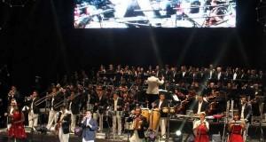 Los Ángeles Azules ofrecen concierto con orquesta filarmónica