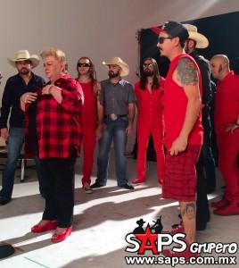 Genitallica filma video con Paquita La Del Barrio, La Leyenda y Toy Selectah