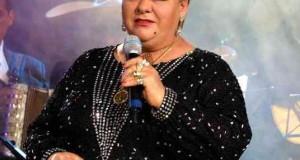 Paquita la del Barrio reclama a imitador por canción a Peña Nieto
