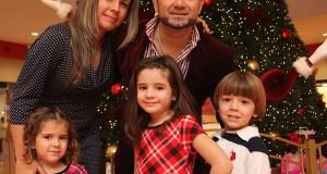 Roberto Júnior encuentra en su familia el mejor motivo para celebrar
