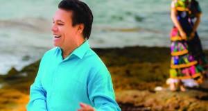 Juan Gabriel da un adelanto de su próximo sencillo