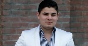Alfredo Olivas no puede mover sus extremidades