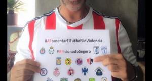 Alejandro Fernández paga apuesta como buen perdedor