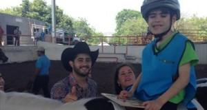 Diego Herrera visita Centro de Rehabilitación