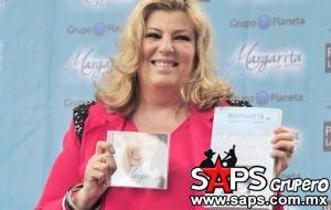 """Margarita """"La Diosa de la Cumbia""""  lanza disco y libro"""