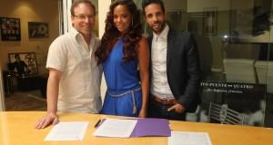 La cantautora Santaye firma con PeerMusic & Aquos Publishing
