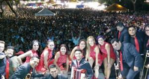 Grupo Aroma reune a más de 12,000 personas en Misantla, Veracruz