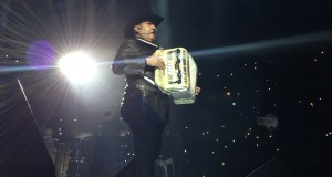 Pesado apantalla en la Arena Monterrey
