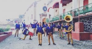 """Banda Arsenal filma en Patzcuaro el video de su tercer sencillo, """"Tus Besos"""""""