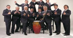 """La Sonora Santanera se adelanta a la Navidad con CD, """"FELICES FIESTAS"""""""
