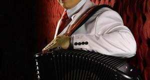 Remmy Valenzuela anuncia concierto en el Auditorio Telmex de Guadalajara