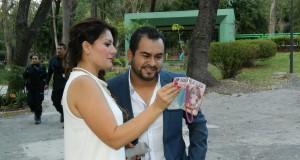 Banda La Divina filma video con Diana Reyes