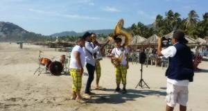 Filma Jhona Solorio y La Herencia video en Acapulco
