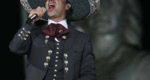 Alejandro Fernández brinda concierto como embajador de Jalisco