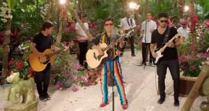 Juan Gabriel – Have You Ever Seen The Rain? (Gracias al Sol)  (letra y video oficial)