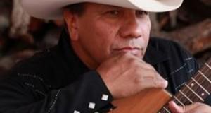 Lupe Esparza de El Gigante de América muestra su apoyo a Julión Álvarez