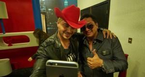 Julión Álvarez sorprende al publico junto a J. Balvin en La Voz… México