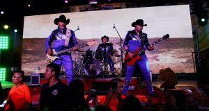 Doble actuación y gran éxito de El Gigante de América en Monterrey