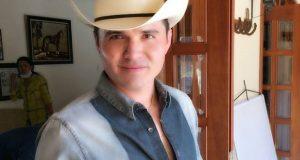 Horacio Palencia prepara temas para la Banda MS