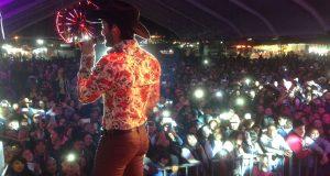 El cantante Diego Herrera conquista al público en Zacatlán, Puebla