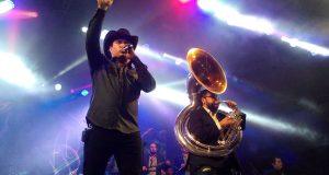 Julion Álvarez prende con su musica a Huimanguillo
