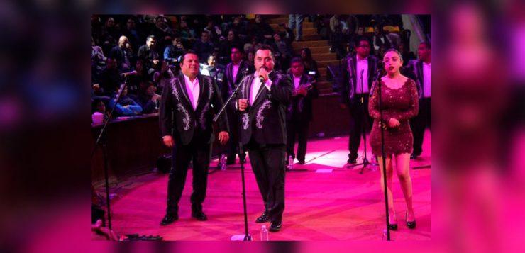Los Ángeles Azules entregan su amor en la Feria de León