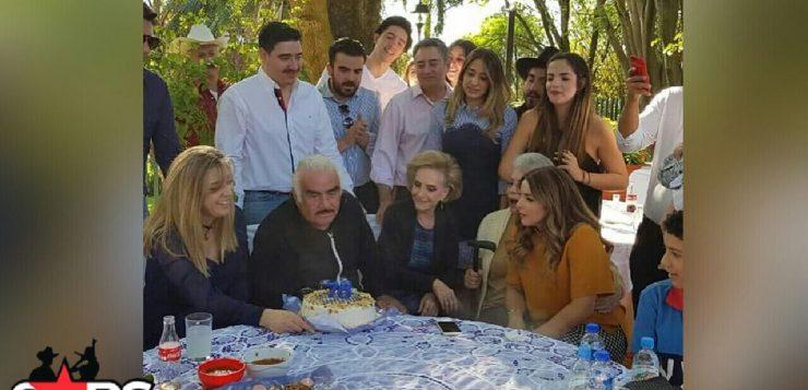"""""""Un año más señores"""": Vicente Fernández celebró su cumpleaños 78"""