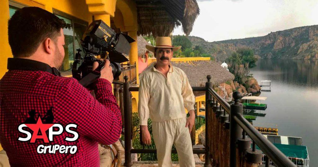 Ranchero y Medio, Los Tucanes de Tijuana